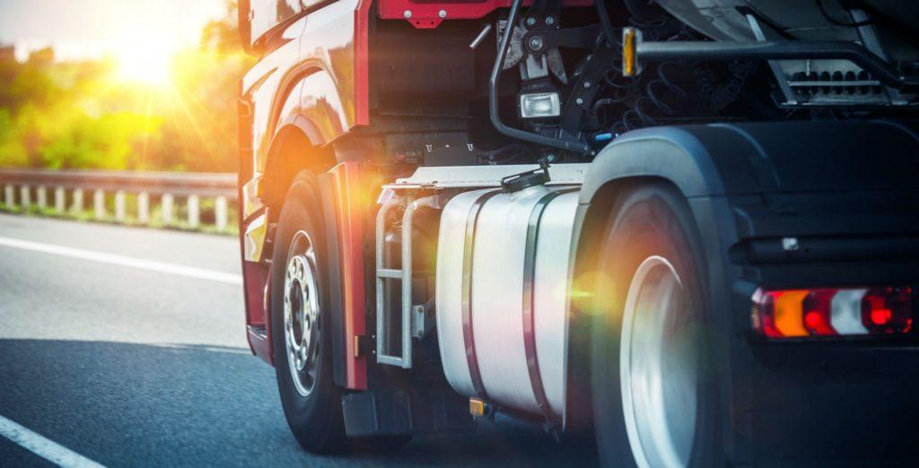 Pneumatiques de camion sur route