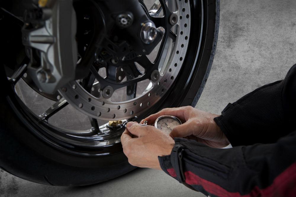 Pression pneu piste