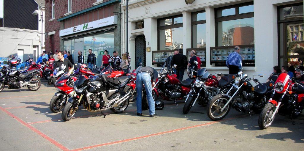 Faire des rencontres pendant les balades et les roadtrip moto