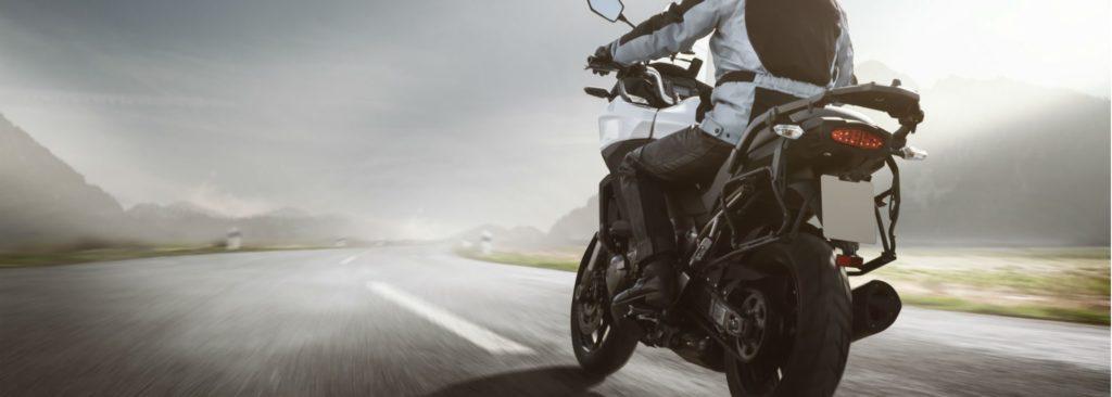 Pneu hiver moto roadster, routière et sportive