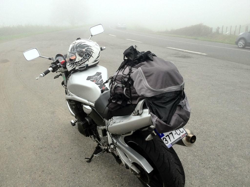 Suzuki Bandit pneus moto Bridgestone Battlax BT023