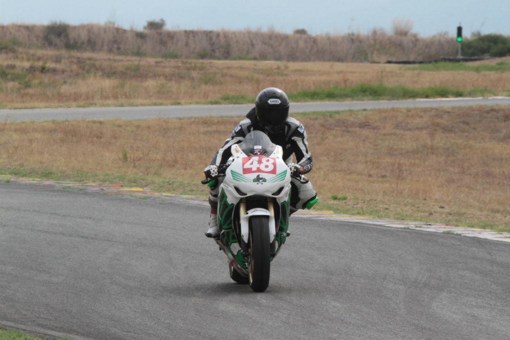 Le freinage en course moto