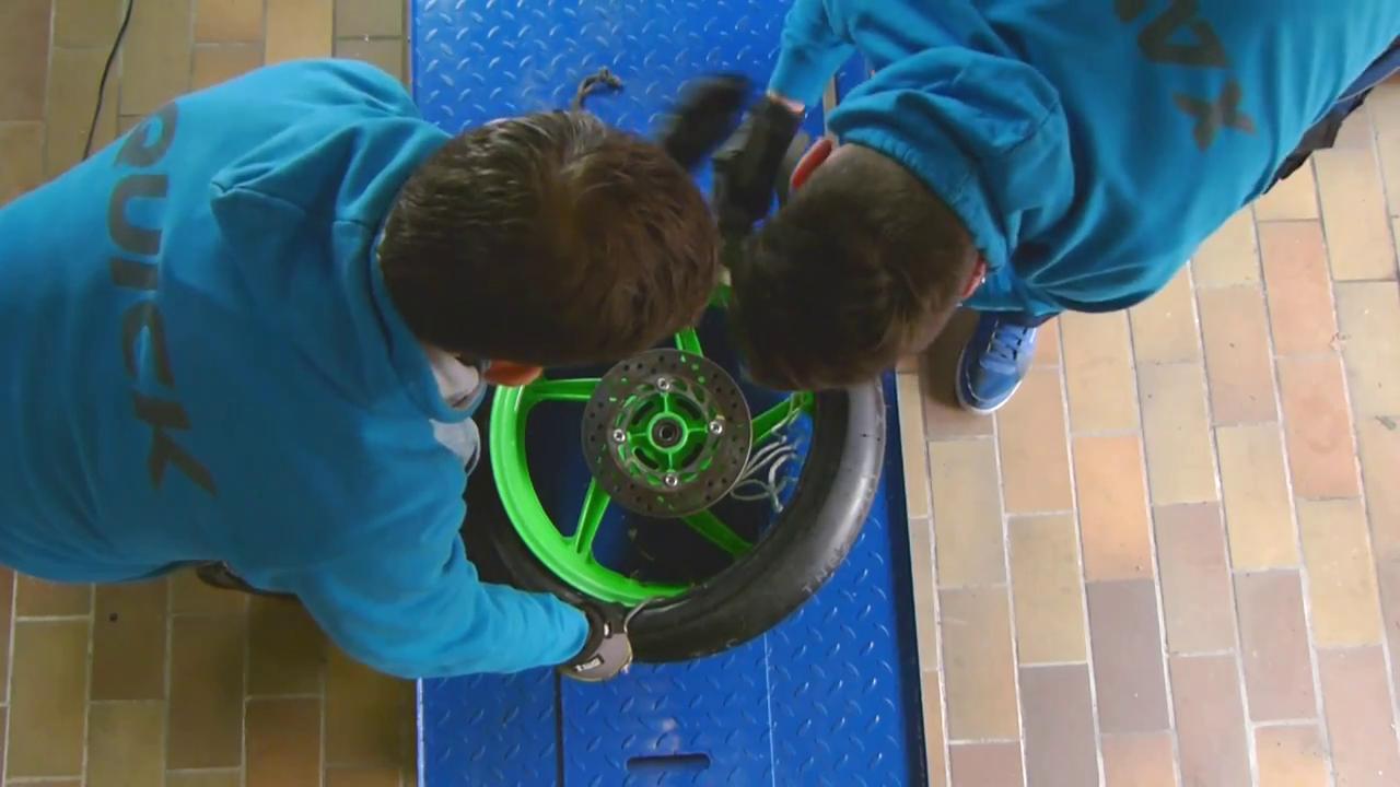 Changement de pneus moto